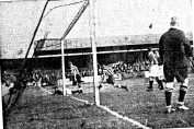 The first home goal of the season 1935