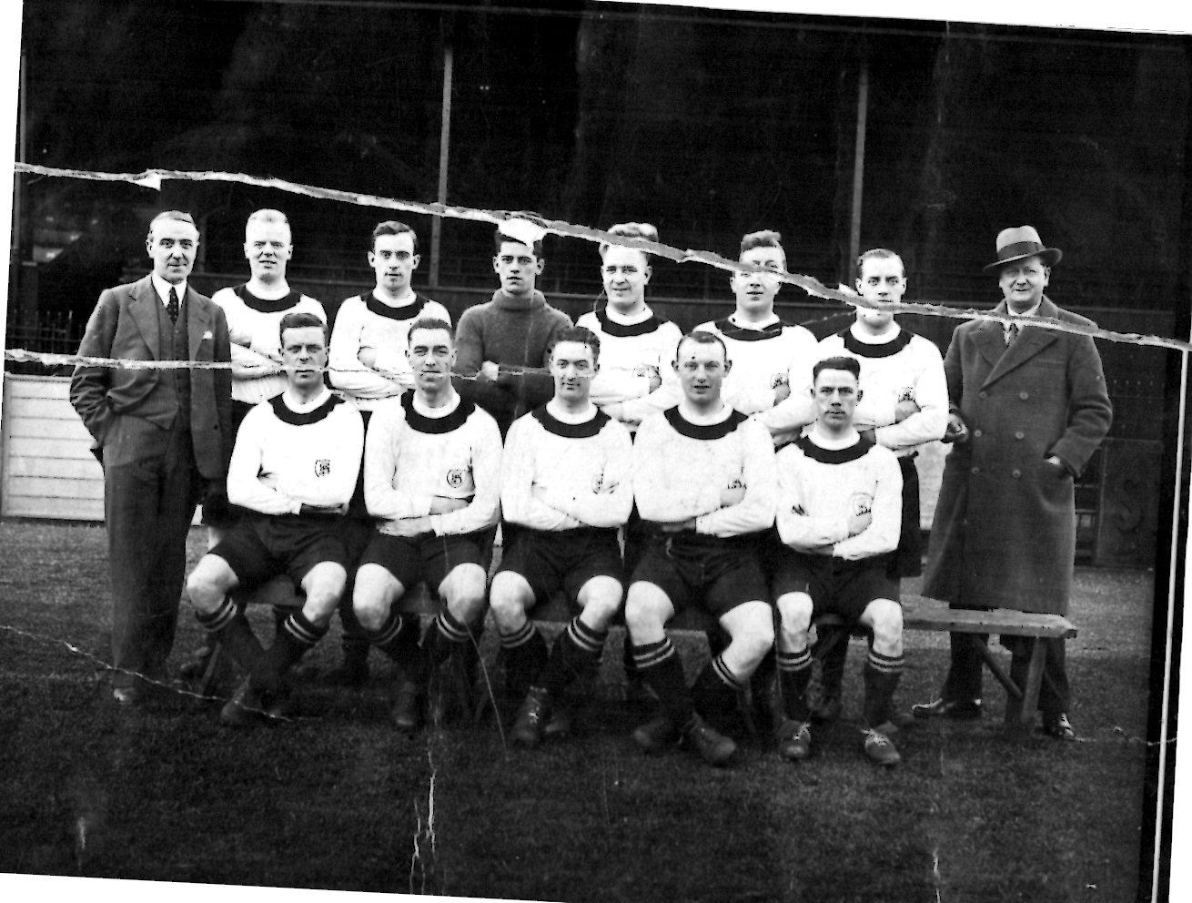 Team Photo Dec 1931